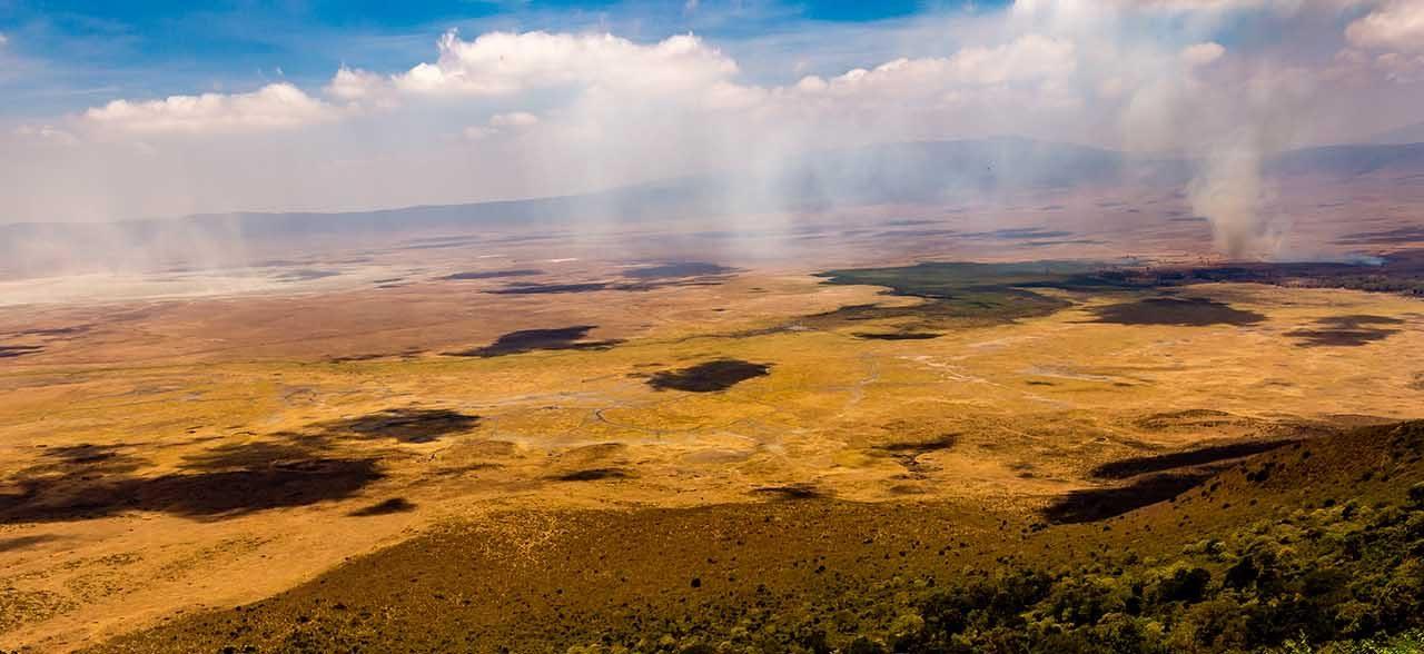 https://www.kilimanjaronaturetours.com/wp-content/uploads/2014/06/ngorongoro-slide-1280x588.jpg