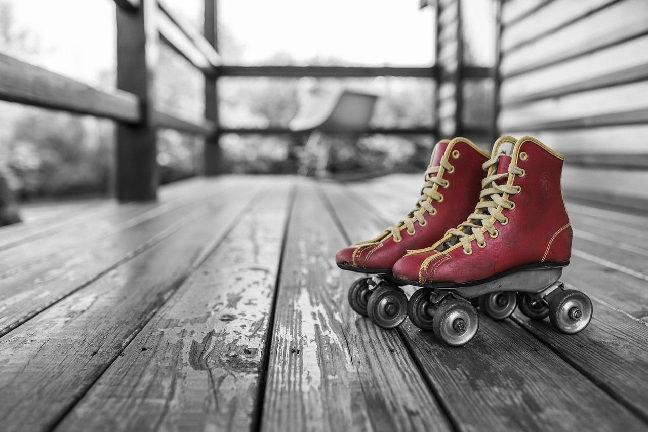 https://www.kilimanjaronaturetours.com/wp-content/uploads/2014/11/roller-skates-381216_1280.jpg